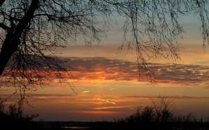 Nowy dzień wita słonecznym brzaskiem.