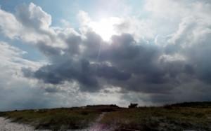 Słońce i chmury latem